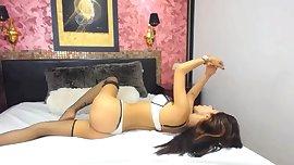 SPANISH HOT SEXY TEEN DANCES ON FREECHAT: 8R3ND4 W17715 - MUSIC VIDEO