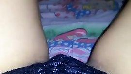 Minha irma na cama peludinha de calcinha e absorvente