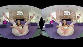 VR Teen - Liza Rowe