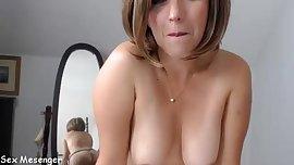 find6.xyz babe southernflare fingering herself on live webcam